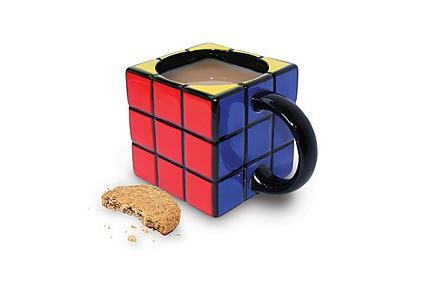 Taza con forma Cubo de Rubik