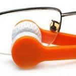 Pequeño limpiador de gafas con microfibras