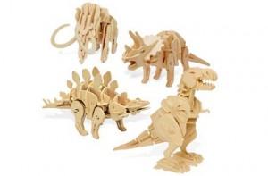 Dinosaurios robot hechos de madera
