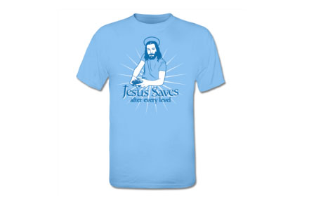 Camiseta Jesus saves after every level
