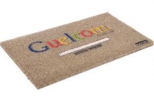 """Felpudo """"Guelcom"""" de Google"""