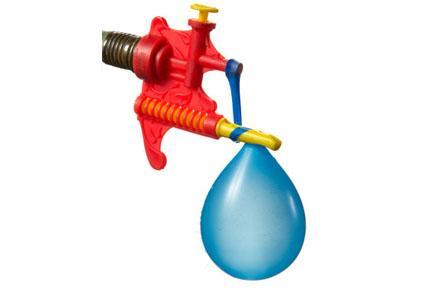 Anudador de globos de agua