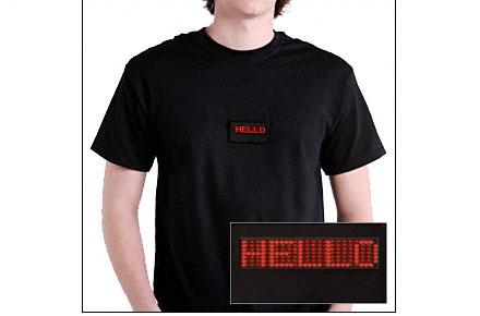 Camiseta con texto LED