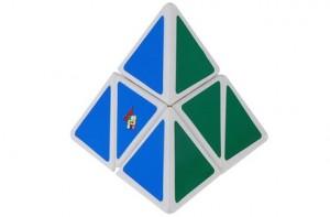 Cubo de Rubik Triangular
