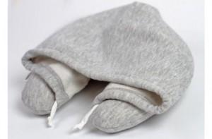 Capucha con almohada para viajes