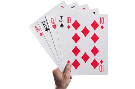 Baraja con cartas tamaño de Rey