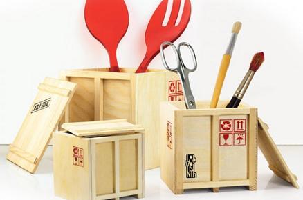 Mini contenedores de madera para lápices