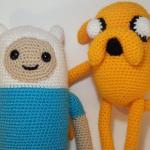Peluches de amigurumi de Finn y Jake