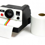 Portarrollos para baño con forma de Polaroid