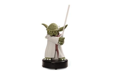 Yoda protector de escritorio con USB