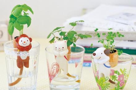 Macetas de animales con autorriego Shippon