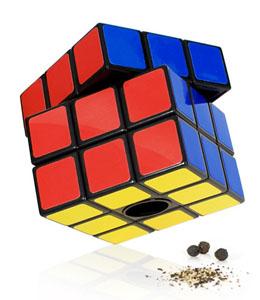 Salero y Pimentero con forma de Cubo de Rubik