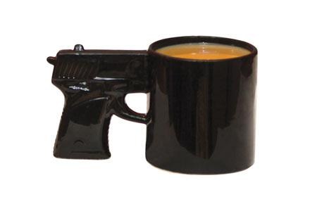 La taza pistola