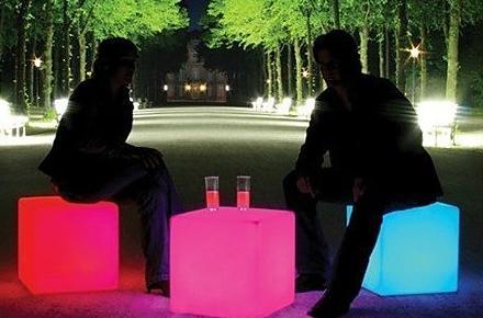Taburete LED que cambia de color