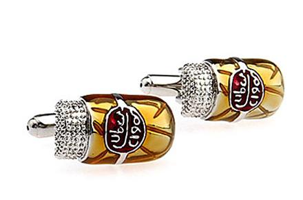Gemelos Jarras de Cerveza, ¡Para los caballeros más Frikis!