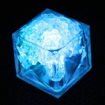 Cubitos de hielo luminosos