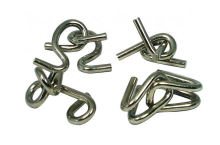 Puzzle de nudos metálicos