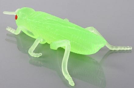 Goma de borrar fluorescente con forma de saltamontes