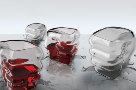 Vasos de chupitos con forma de puño