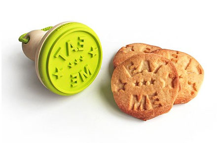 "Sello para Galletas ""Eat Me"""