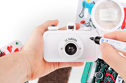 "Cámara personalizable ""La Sardina & Flash – DIY"""