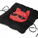 Cojín de gato mafioso con USB