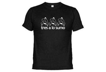 "Camiseta ""Tres a lo sumo"""