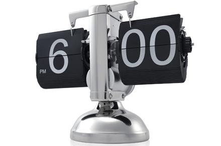 Reloj Flip metálico, para frikis del diseño