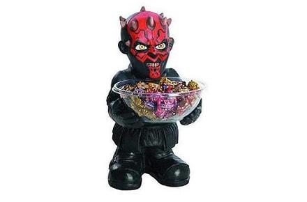 Darth Maul ofrece caramelos