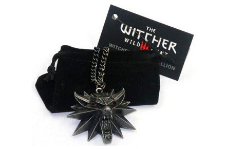 Colgante lobo de The Witcher